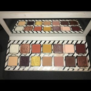 Kylie Cosmetics Nice Palette (Holiday Packaging)